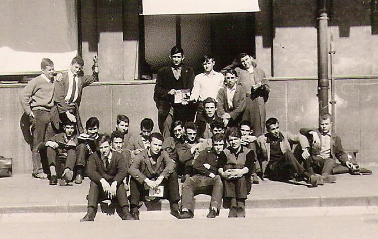 photo de classe 1ere de 1962 lyc e nicephore niepce copains d 39 avant. Black Bedroom Furniture Sets. Home Design Ideas