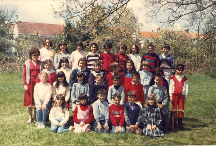 Photo de classe ce2 de 1986 ecole sainte therese les jaulnieres la roche sur yon copains - Cours de cuisine la roche sur yon ...