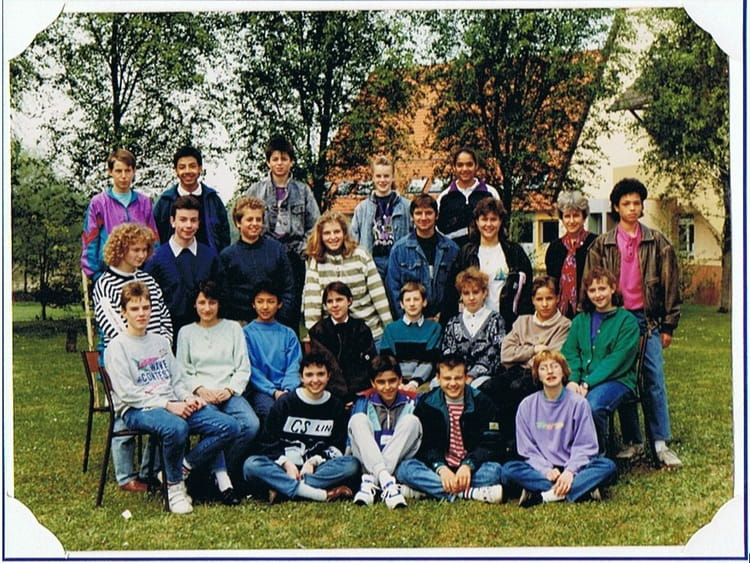 Photo de classe 4ieme provence de 1991 coll ge georges - College jean moulin salon de provence ...
