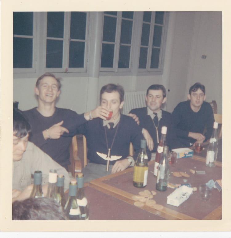 photo de classe ba 136 3 de 1970 ba 136 toul rosieres copains d 39 avant. Black Bedroom Furniture Sets. Home Design Ideas