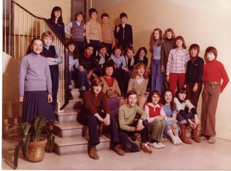 photo de classe 5eme 1977 78 la providence vincennes de 1977 ecole notre dame de la providence. Black Bedroom Furniture Sets. Home Design Ideas