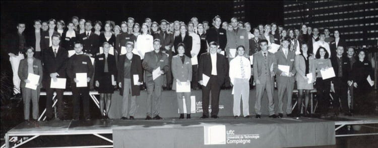 Photo de classe genie chimique de 2000 universit de for Salon 2000 compiegne