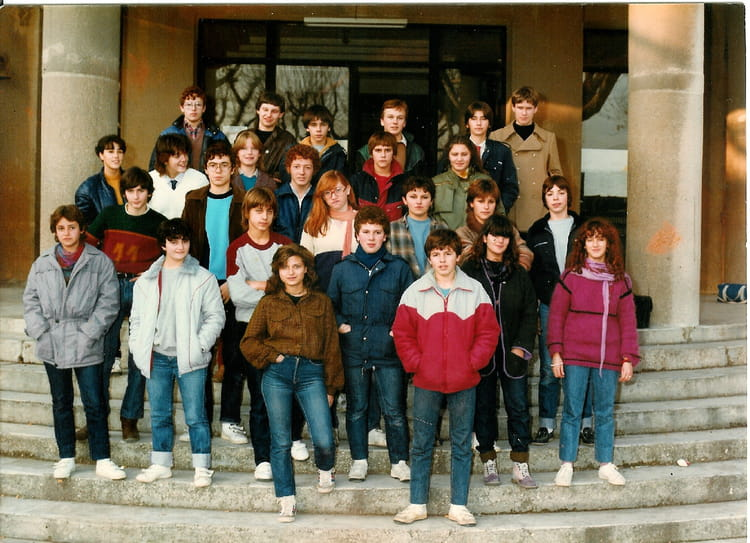 Photo de classe 3eme4 de 1982 lyc e alphonse daudet for Lycee alphonse daudet
