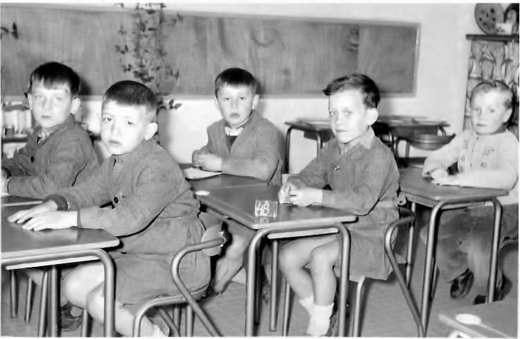 photo de classe jules normand st jean de la ruelle de 1957 ecole jules lenormand saint jean de. Black Bedroom Furniture Sets. Home Design Ideas
