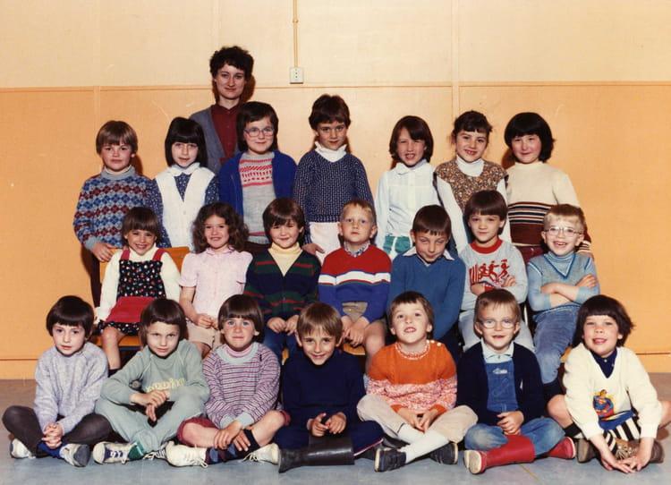 photo de classe maternelle de 1981 robert personne copains d 39 avant. Black Bedroom Furniture Sets. Home Design Ideas
