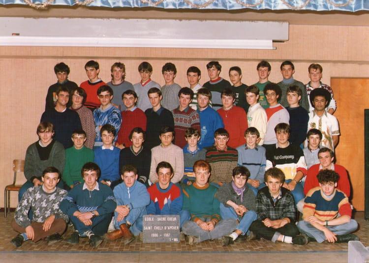 photo de classe 1 re ann e m canique agricole de 1986 lyc e professionnel sacr coeur copains. Black Bedroom Furniture Sets. Home Design Ideas