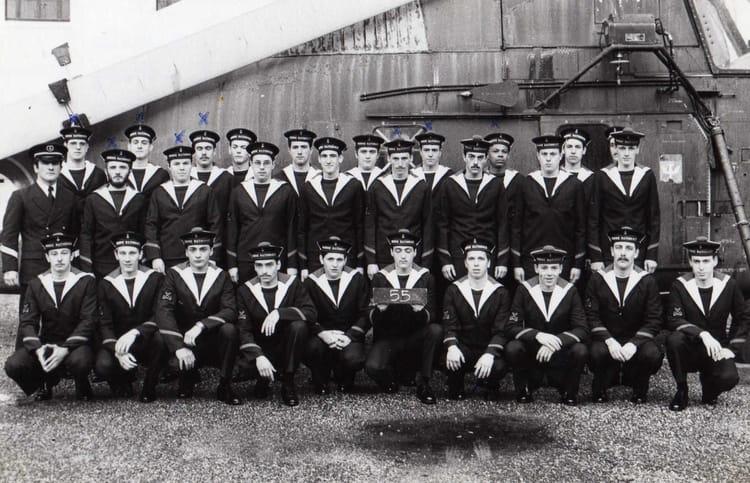 Photo de classe 5e compagnie 5e section cfm hourtin de for Chambre criminelle 13 juin 1972