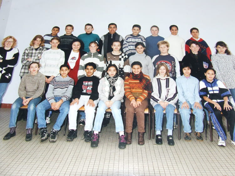 Photo de classe classe de 5 me de 1996 coll ge jean for Pronote college jean moulin salon