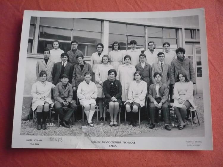photo de classe employe de bureau de 1966 avenue louis bl riot copains d 39 avant. Black Bedroom Furniture Sets. Home Design Ideas