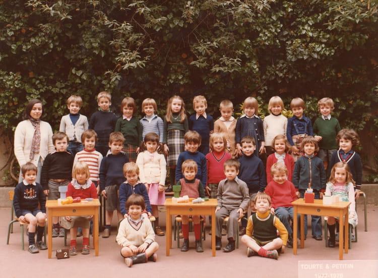 photo de classe 12eme 4 de 1977 ecole normale catholique annexe st jean rue olivier de serres. Black Bedroom Furniture Sets. Home Design Ideas