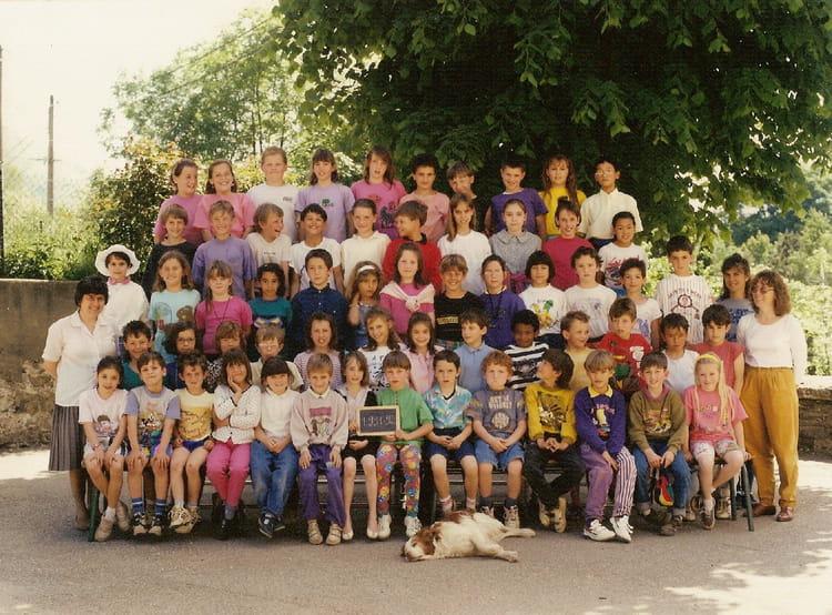 Photo de classe ce2 de 1991 ecole saint pierre saint for Maison saint georges de commiers