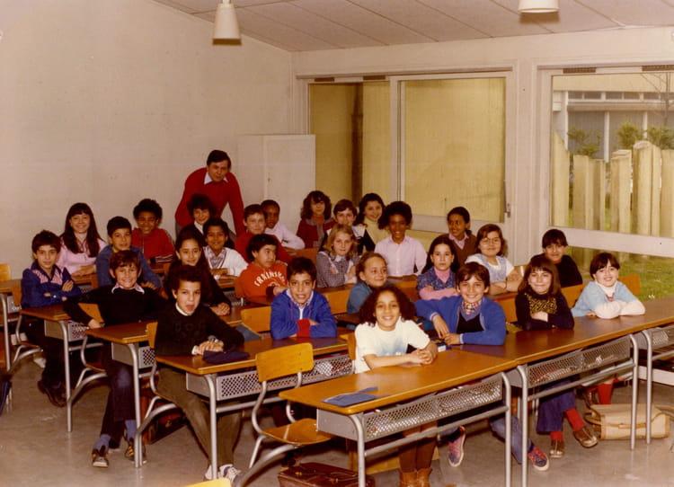 Photo de classe Classe de CM2 de 1981, Bois De Letang  Copains d  ~ Bois De L Etang