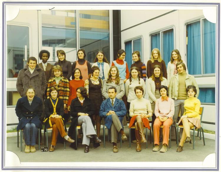 photo de classe tg2 1972 1973 orleans la source de 1972 lycee polyvalent de la source. Black Bedroom Furniture Sets. Home Design Ideas
