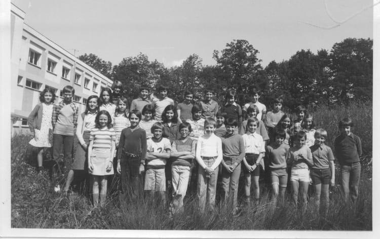 photo de classe 6ea coll 232 ge la salle annecy le vieux de 1976 la salle copains d avant