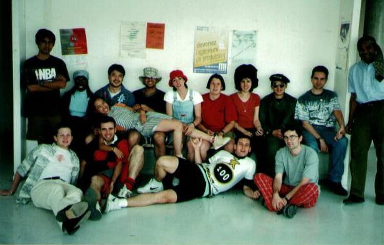 photo de classe appc funky style de 1998 iut evry universit evry val d 39 essonne copains d 39 avant. Black Bedroom Furniture Sets. Home Design Ideas