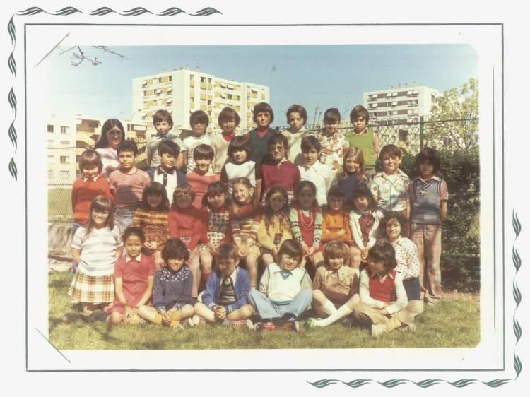 Photo de classe CE2 de 1975, ECOLE CROIX ROUGE Copains d'avant # Croix Rouge Fontenay Sous Bois