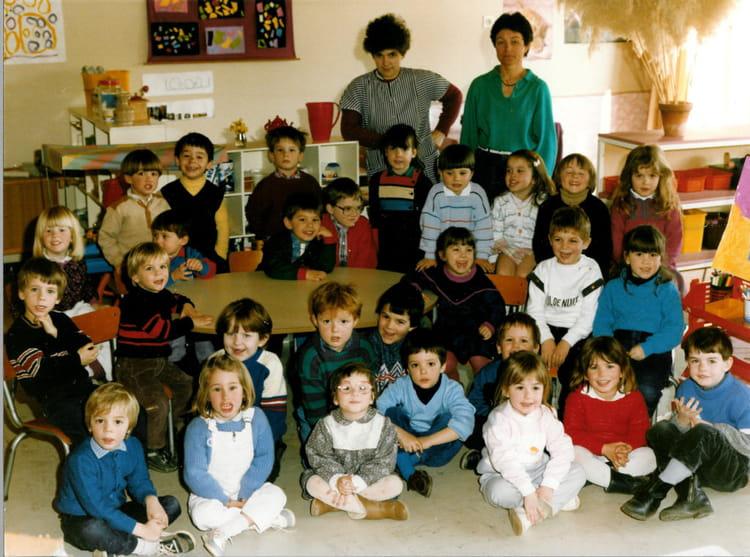Photo De Classe Maternelle De 1987 Ecole Louis Aragon Gainneville