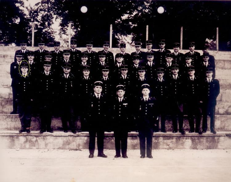 photo de classe ecole gendarmerie chaumont 52 de 1966 ecole gendarmerie chaumont esog. Black Bedroom Furniture Sets. Home Design Ideas