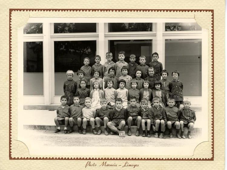 photo de classe ce 1 1963 1964 de 1964 ecole groupe scolaire jean mace gueret copains d 39 avant. Black Bedroom Furniture Sets. Home Design Ideas