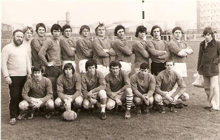 photo de classe rugby saint pol sur mer de 1974 rcfl copains d 39 avant. Black Bedroom Furniture Sets. Home Design Ideas