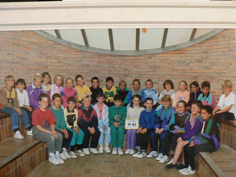 Photo de classe 6 u00e8me B de 1991, COLLEGE ALFRED KASTLER   Copains d u0026#39;avant