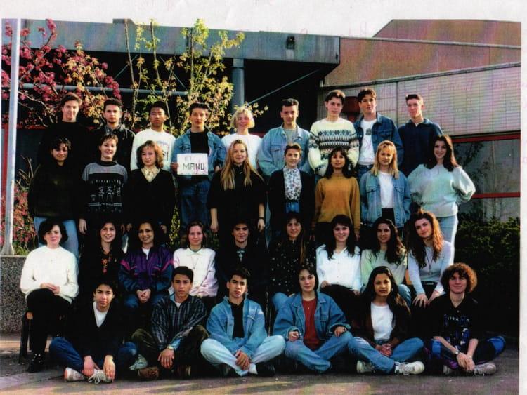 photo de classe premi re b2 de 1993 lyc e jean paul sartre copains d 39 avant. Black Bedroom Furniture Sets. Home Design Ideas