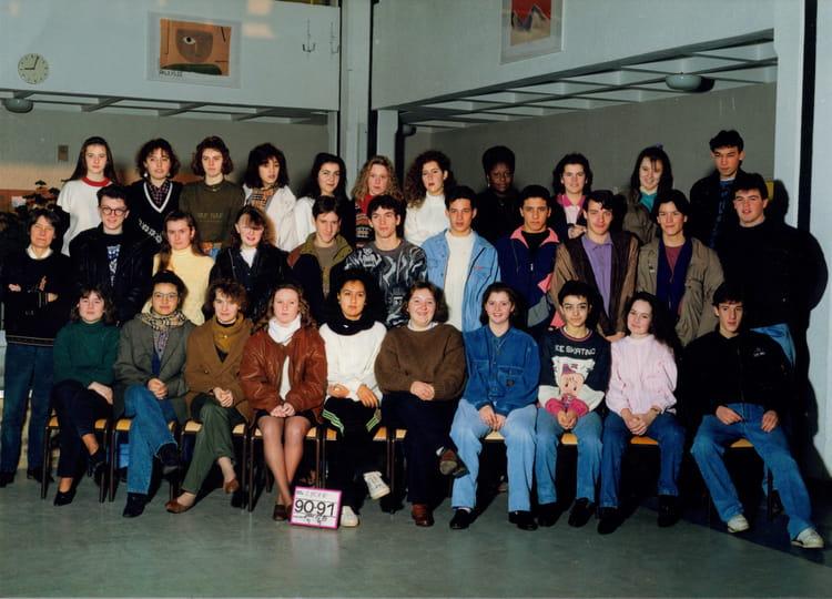 photo de classe photo classe 2 nde de 1990 lyc 233 e porte de normandie copains d avant
