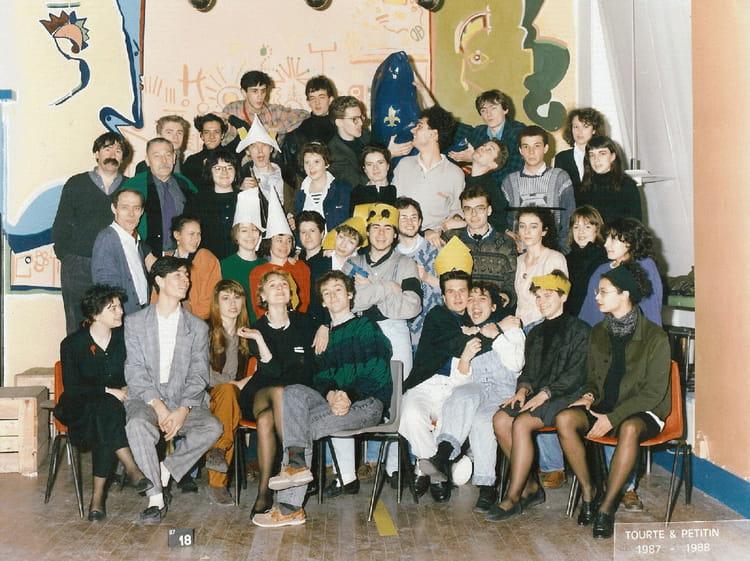 photo de classe ts1 archi int rieure 1986 1987 de 1987 ecole boulle copains d 39 avant. Black Bedroom Furniture Sets. Home Design Ideas