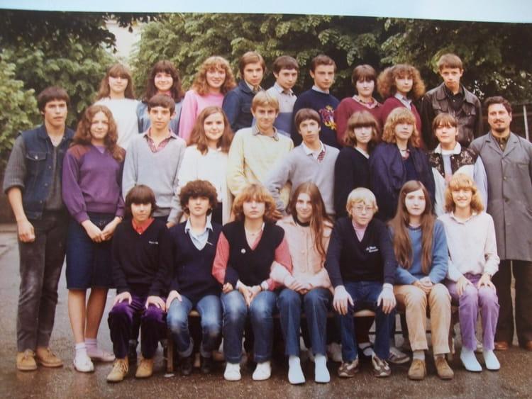 photo de classe 3 233 me de 1983 coll 232 ge sainte foy copains d avant