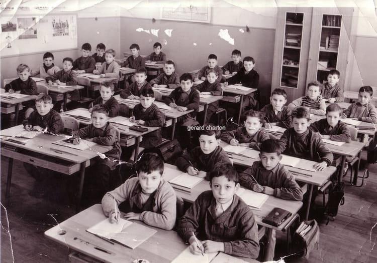 photo de classe ce2 de 1959 ecole puits berteau vierzon copains d 39 avant. Black Bedroom Furniture Sets. Home Design Ideas