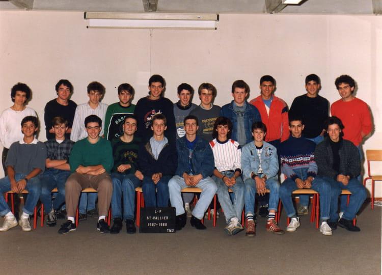 photo de classe tm2 1987 1988 de 1987 lyc e polyvalent henri laurens copains d 39 avant. Black Bedroom Furniture Sets. Home Design Ideas