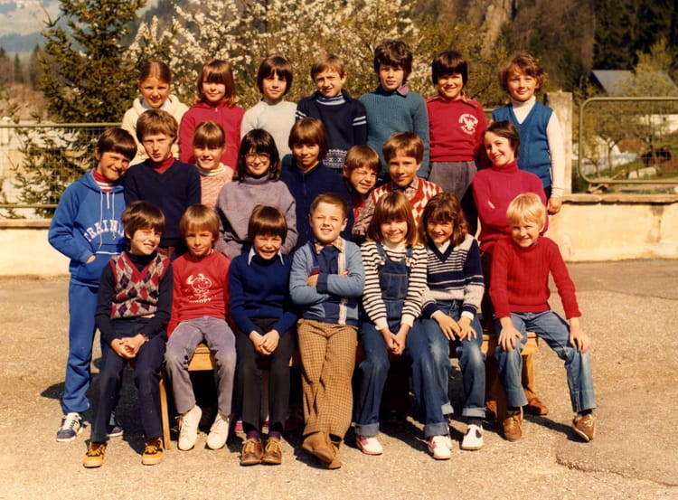 Photo de classe cm1 de 1981 ecole du capitaine bulle - Beaufort sur doron office du tourisme ...