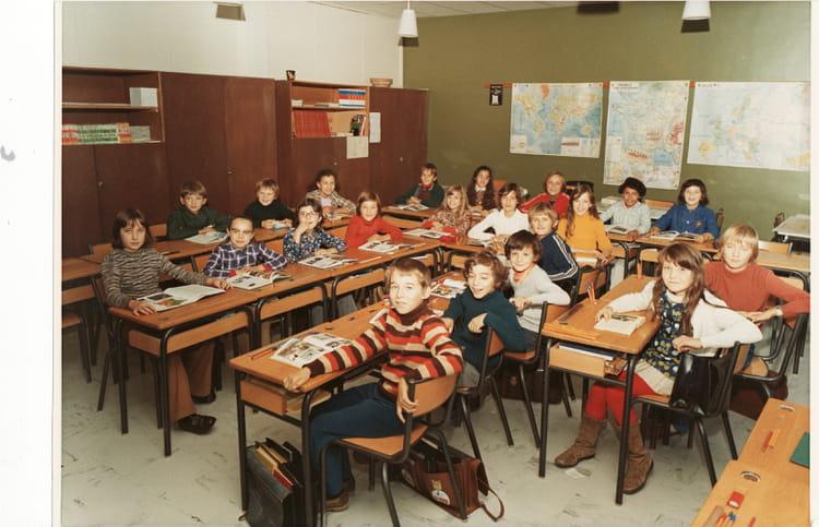 Photo de classe cm2 je cherche le nom de l 39 cole dole 39 for Plan dole 39