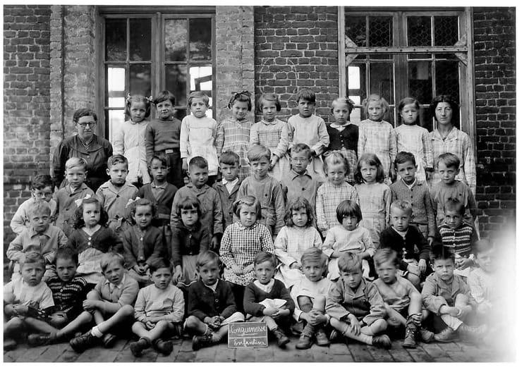 Photo de classe classe enfantine de 1952 ecole du centre - Art cuisine longuenesse ...