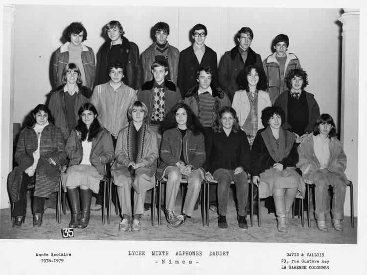 Photo de classe terminale c de 1978 lyc e alphonse daudet for Lycee alphonse daudet