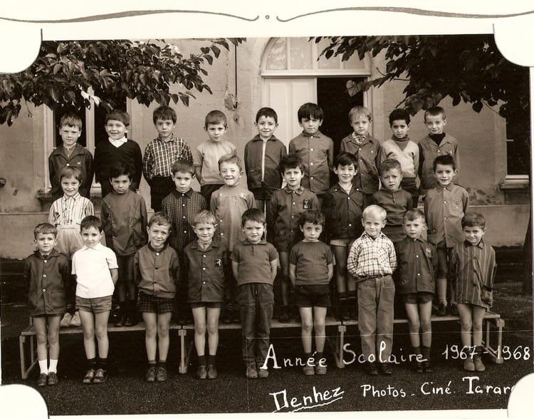 photo de classe cp de 1968 ecole leonard de vinci cours la ville copains d avant