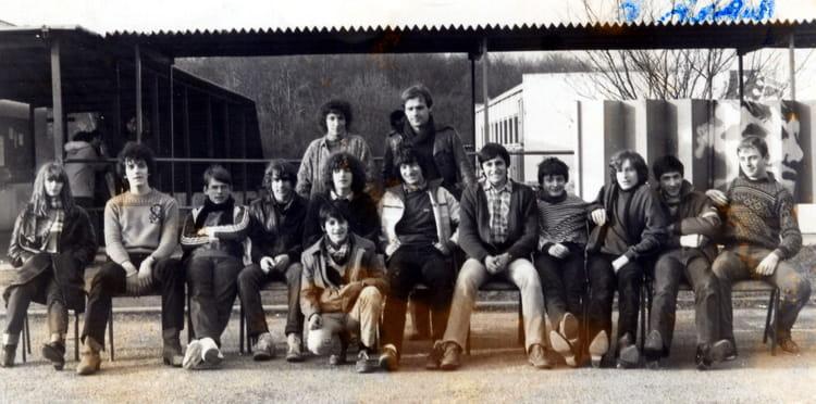 photo de classe cap electro mecanique de 1983 lyc e professionnel henri wallon copains d 39 avant. Black Bedroom Furniture Sets. Home Design Ideas