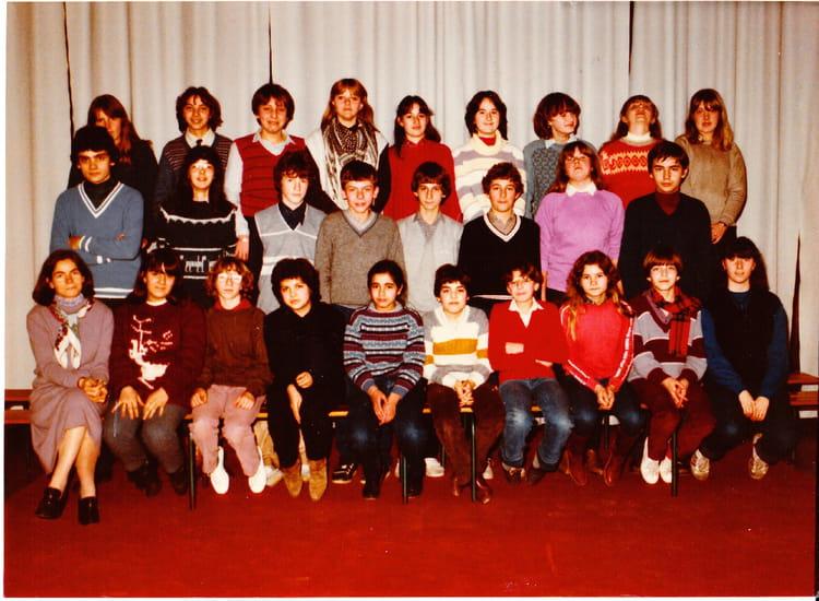 Photo De Classe 4eme A De 1982 La Roche Au Coq Copains D Avant
