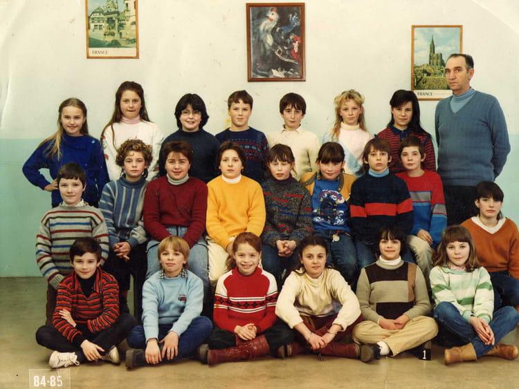 photo de classe cm2 de 1985 ecole jules ferry saint dizier copains d 39 avant. Black Bedroom Furniture Sets. Home Design Ideas