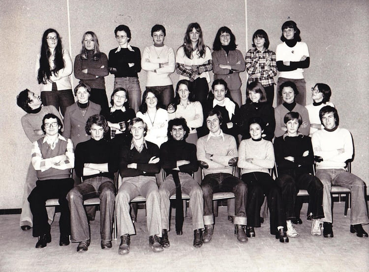 Photo de classe terminale d b de 1977 lycee polyvalent for Domon plan b