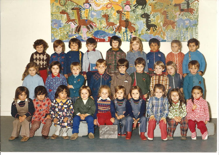 photo de classe maternelle de 1974 ecole thevenon la tour du pin copains d 39 avant. Black Bedroom Furniture Sets. Home Design Ideas
