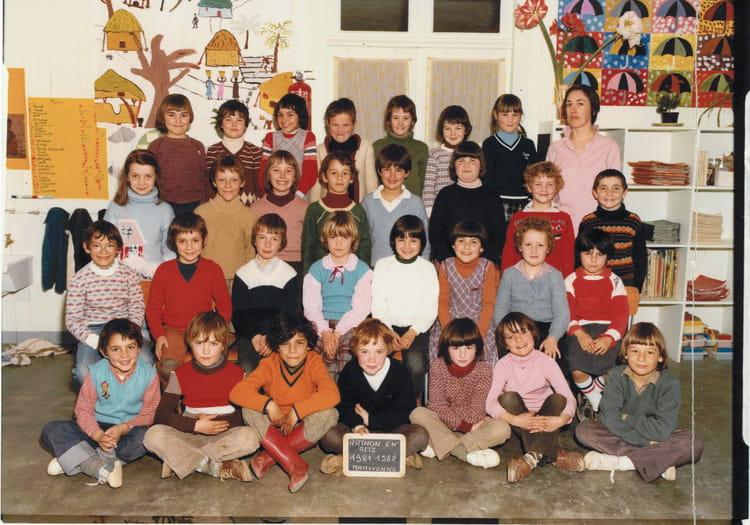 photo de classe ce1 de 1982 ecole saint augustin arthon en retz copains d 39 avant. Black Bedroom Furniture Sets. Home Design Ideas