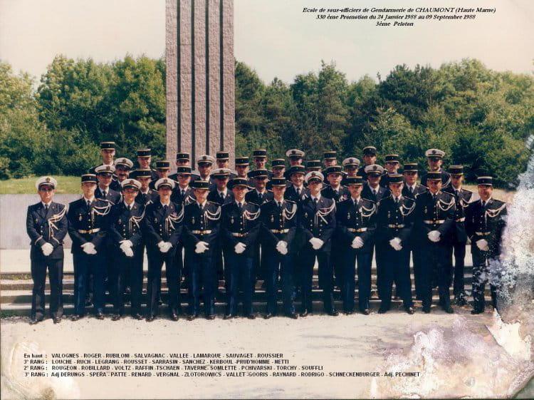 photo de classe promo ecole de gendarmerie 1988 de 1988 ecole gendarmerie chaumont esog. Black Bedroom Furniture Sets. Home Design Ideas