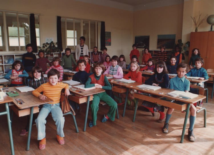 photo de classe ce2 de 1976 ecole jules ferry saint. Black Bedroom Furniture Sets. Home Design Ideas
