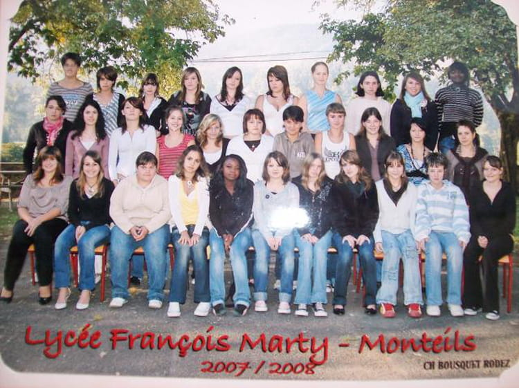 photo de classe bepa 1 service aux personnes de 2008 lycee francois marty copains d 39 avant. Black Bedroom Furniture Sets. Home Design Ideas