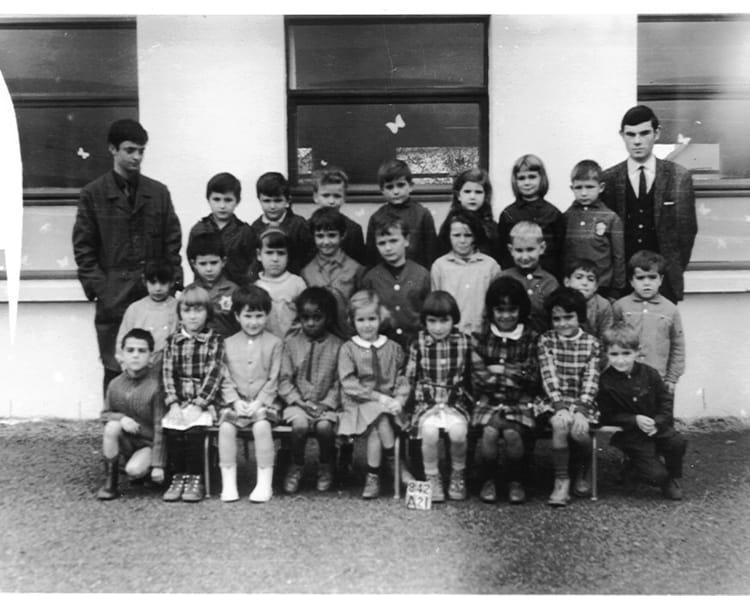 photo de classe maternelle jacques pr vert 1968 de 1968 ecole groupe scolaire jean mace gueret. Black Bedroom Furniture Sets. Home Design Ideas