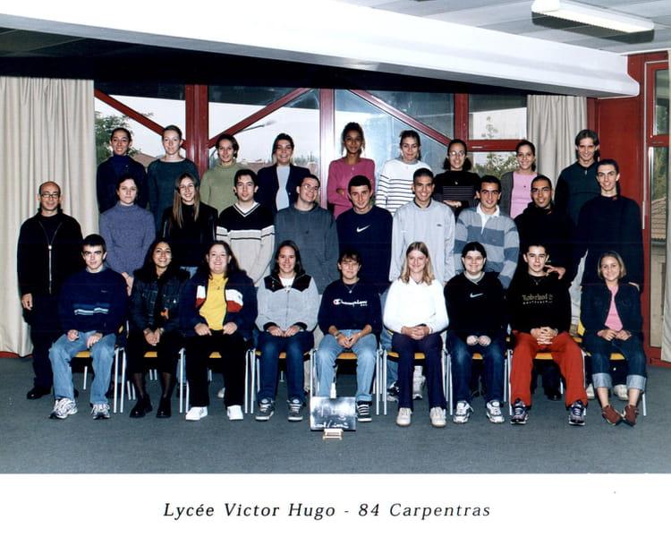 Photo de classe BAC PRO COMPTA de 2000, Lycée Professionnel Victor ...