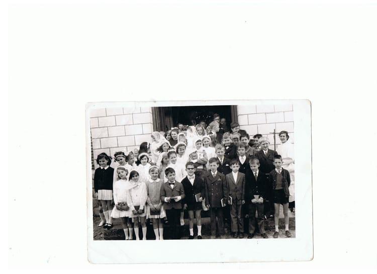 photo de classe communion priv busigny 1971 de 1971 coll ge jean rostand copains d 39 avant. Black Bedroom Furniture Sets. Home Design Ideas