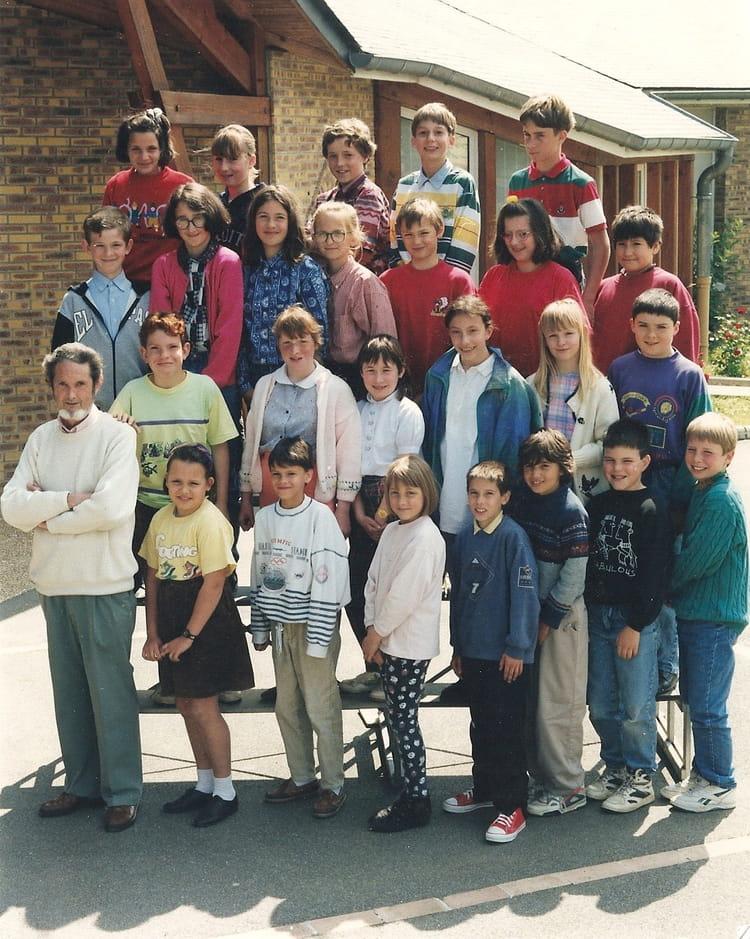 Photo de classe cm2 1993 1994 de 1993 ecole la pleiade la chartre sur le lo - La chartres sur le loir ...