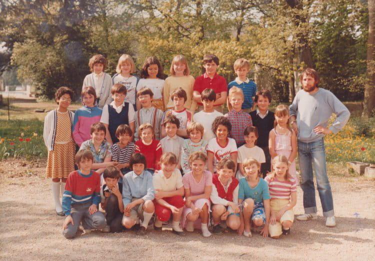 Photo de classe CM2 de 1983, Collège Christ-roi Notre-dame-des-ailes ...